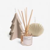 Aromatische Kerzen und Mikados