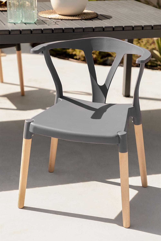 Chaise de jardin en polyéthylène et bois d'Uish, image de la galerie 1