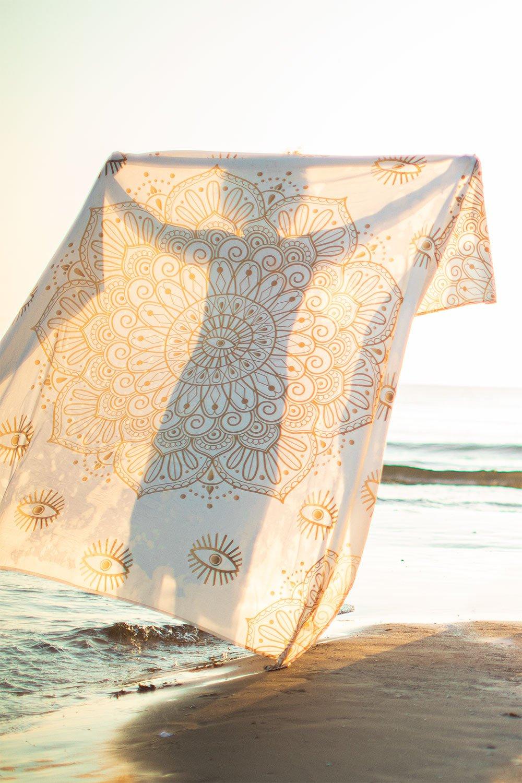 Paréo de plage en coton mandala, image de la galerie 1