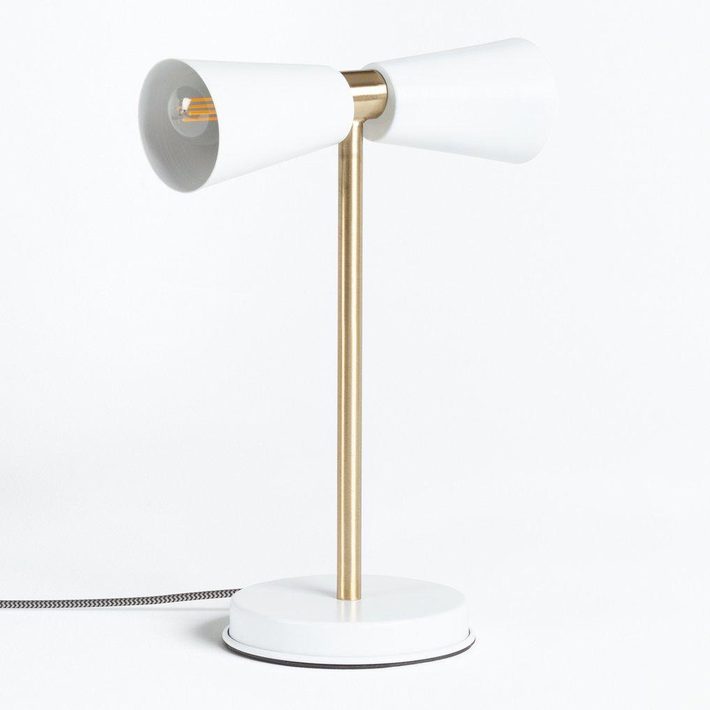 Lampe de Table Adä 02, image de la galerie 1