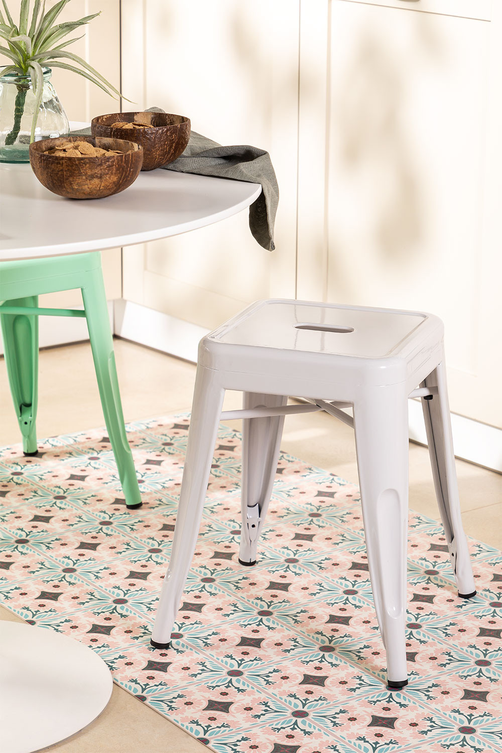 LIX low stool, gallery image 1