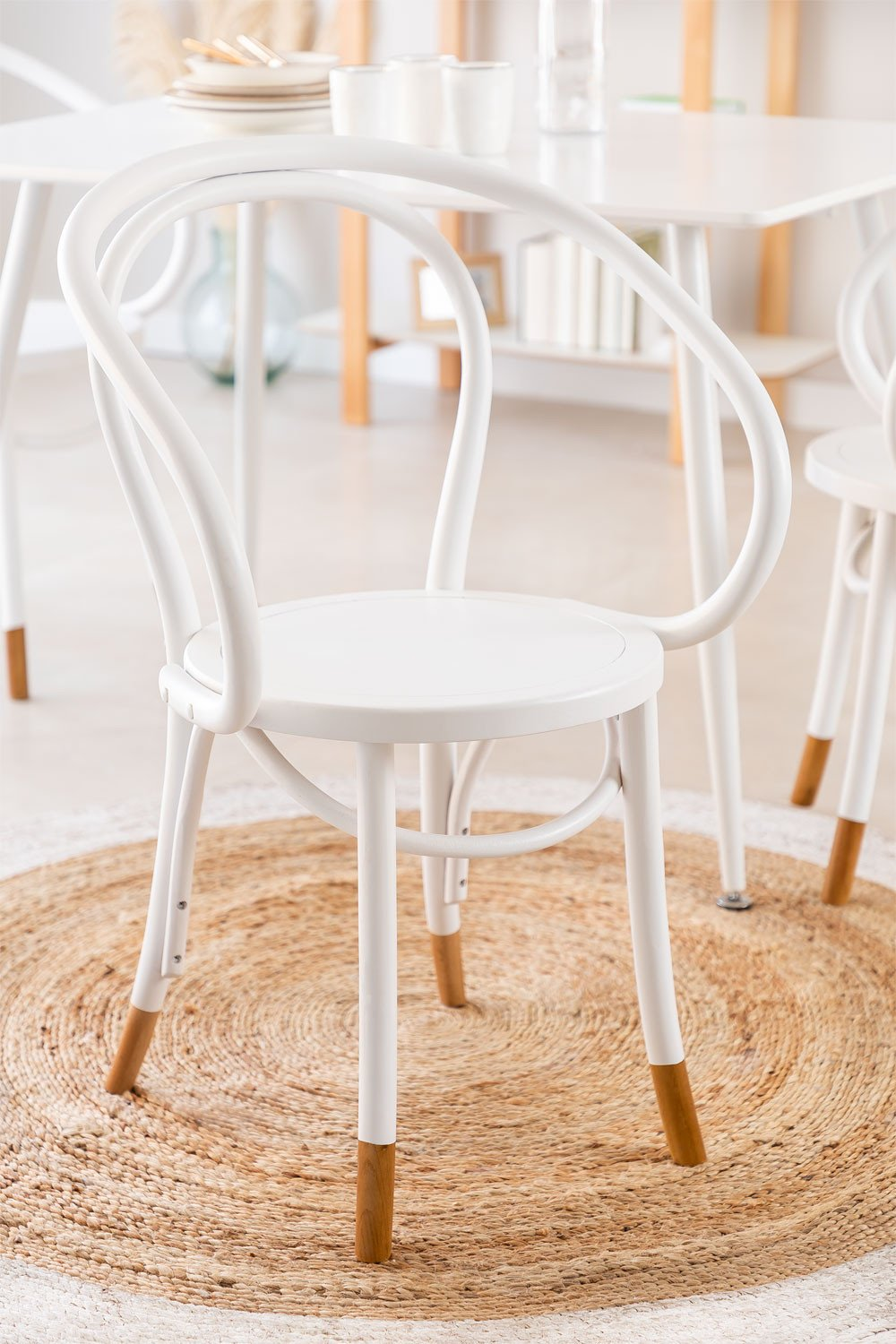 Teno Chair with Armrests, gallery image 1