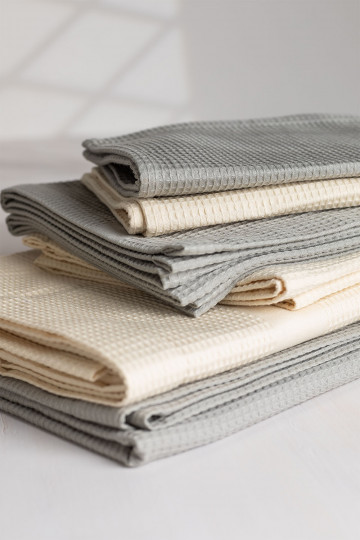 Cotton Towels in 3 Sizes Yara