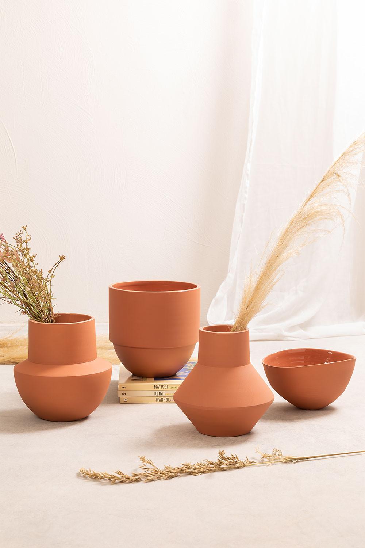 Tole Ceramic Vase, gallery image 1