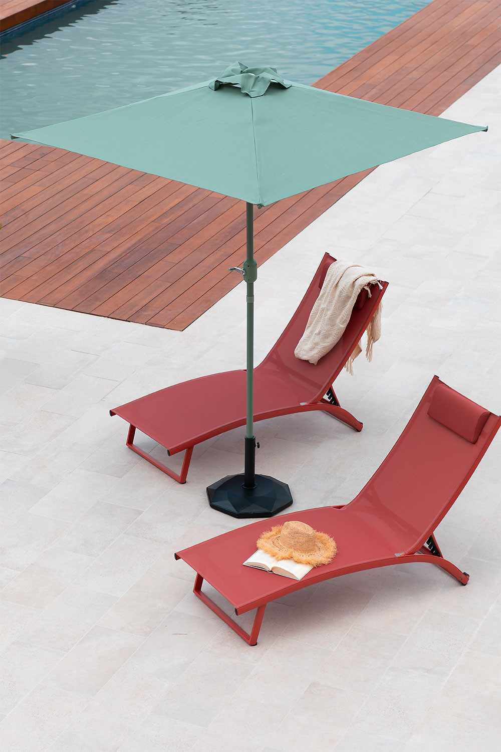 Parasol in Fabric and Steel (182x182 cm) Olek, gallery image 1
