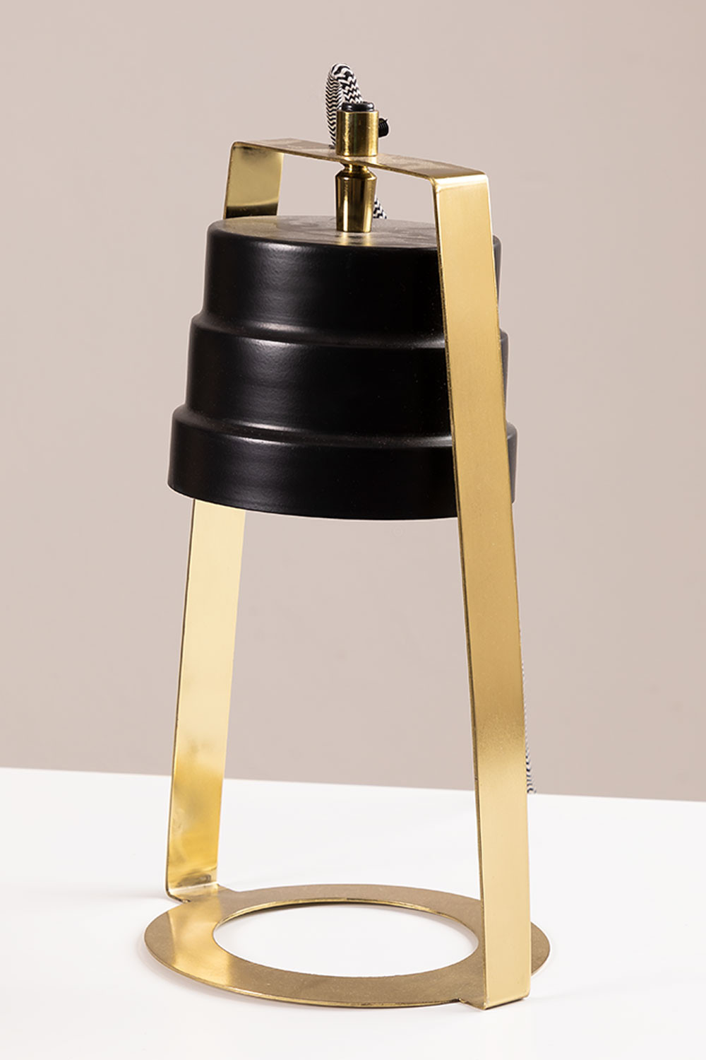 Whiri Table Lamp, gallery image 1