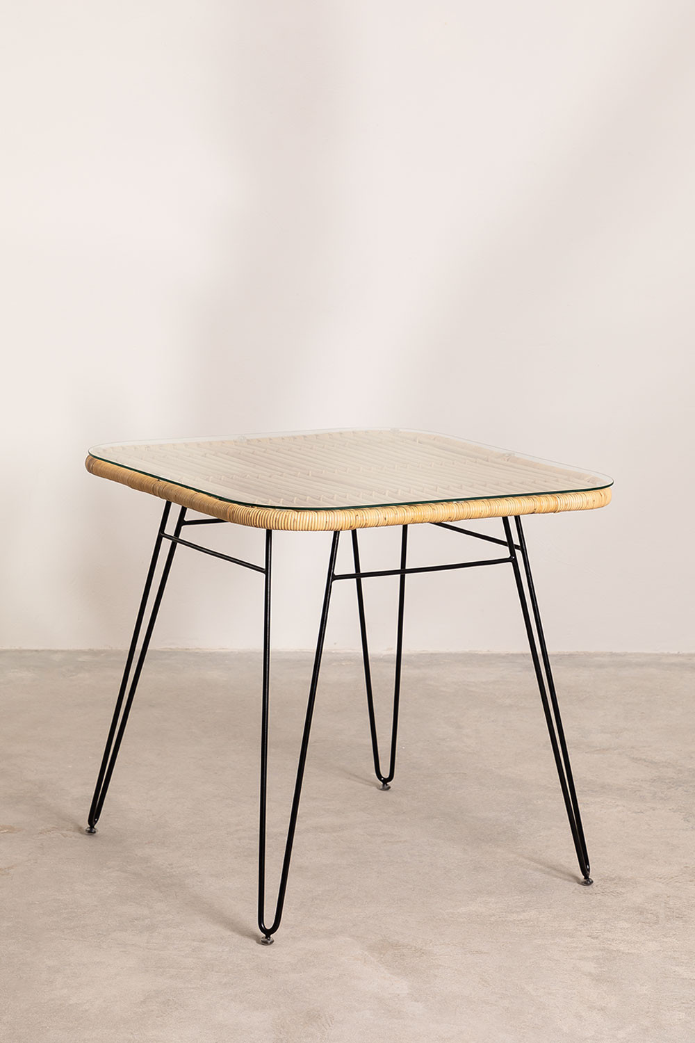 Rattan Dining Table Zenta, gallery image 1