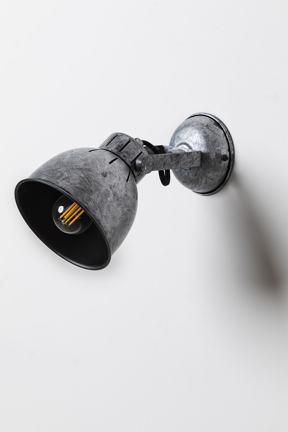 Ustral Wall Sconce, gallery image 1