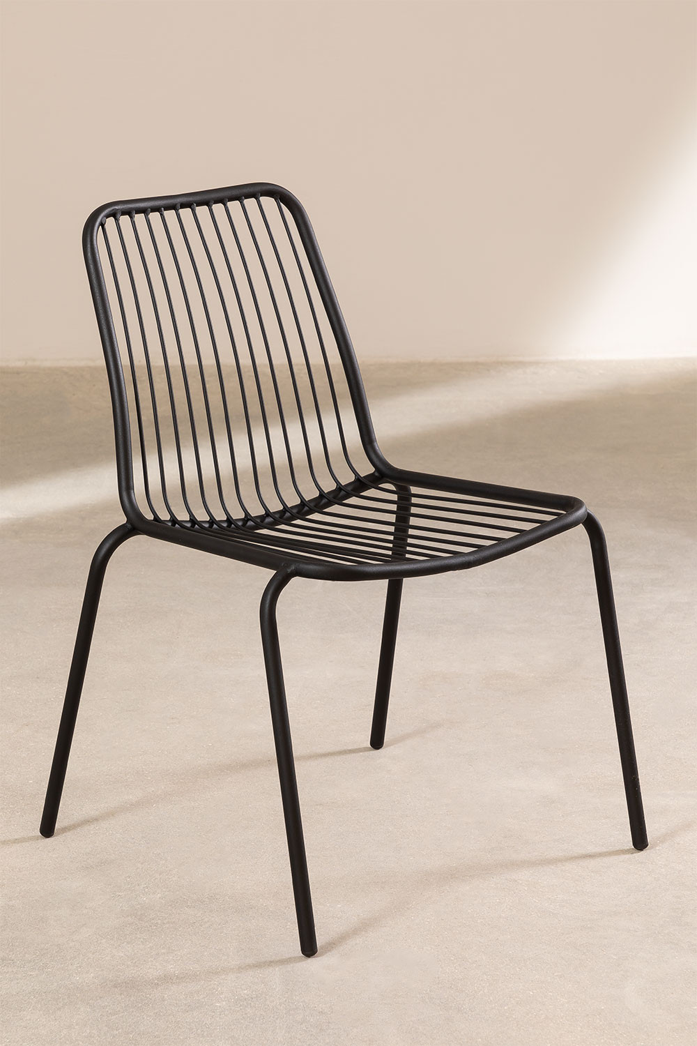 Rohc Chair, gallery image 1