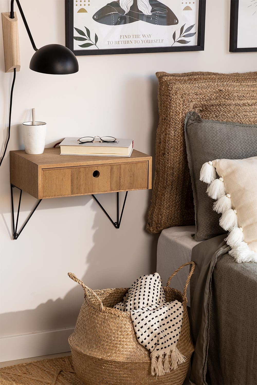 Wall-mounted Bedside Table with Drawer in Ash Wood 41 cm Glai, gallery image 1