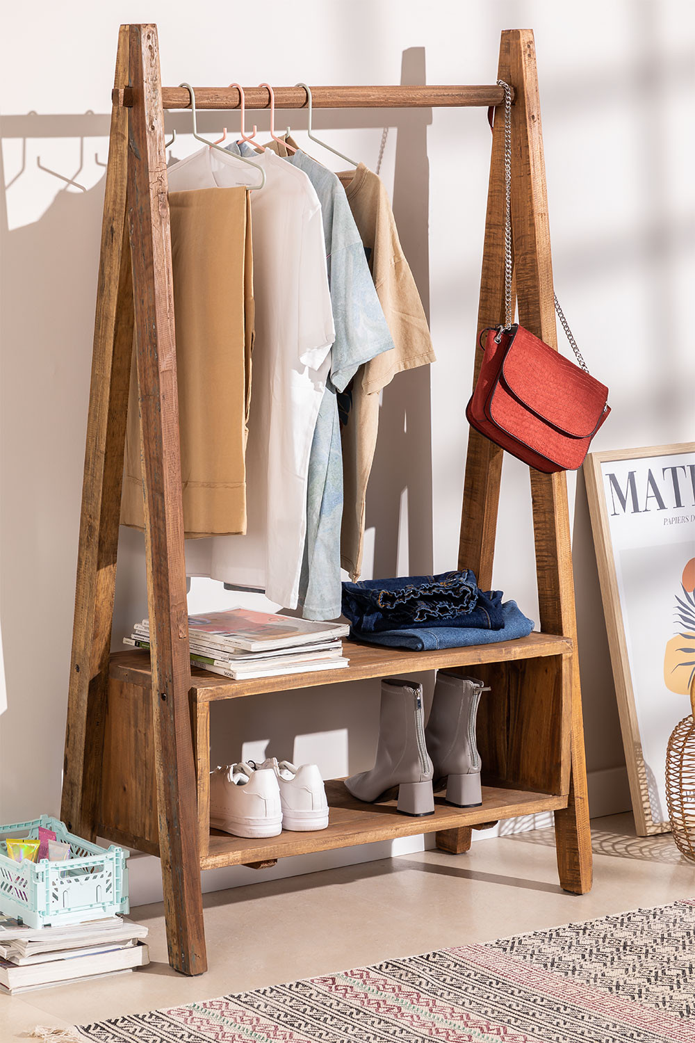 Recycled Wooden Coat Rack Arcieh, gallery image 1