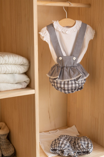 Set of Pololo with Ruffles and Snorki T-shirt