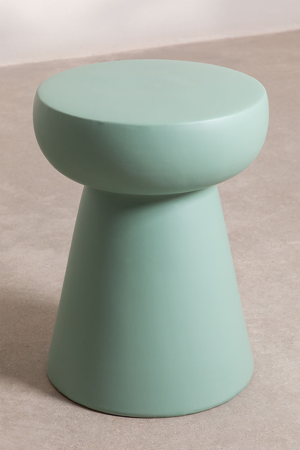 Round Side Table in Ceramic Karus, gallery image 1