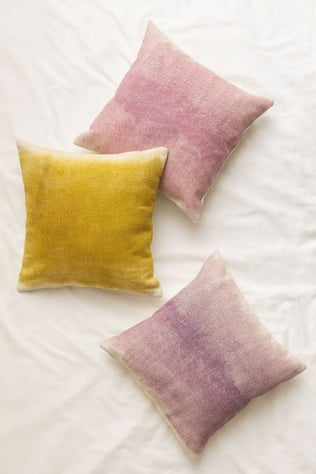 Lessy Cushion Cover