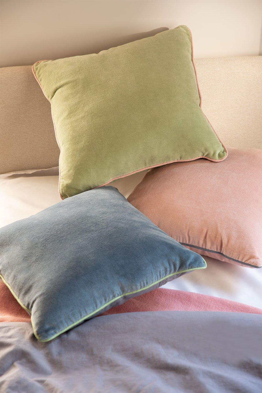 Square Velvet Cushion (40x40 cm) Lat, gallery image 1