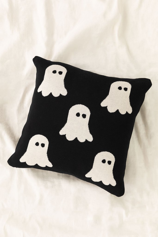 Square Cotton Cushion (45x45 cm) Fantom, gallery image 1