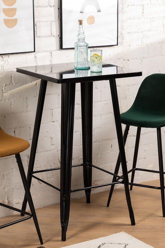 LIX High Table, gallery image 1