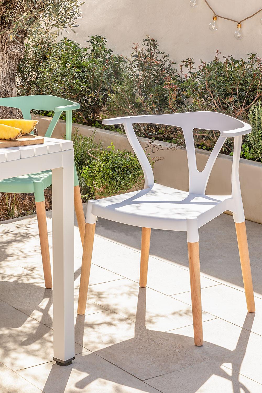 Sedia da giardino in polietilene e legno Uish, immagine della galleria 1