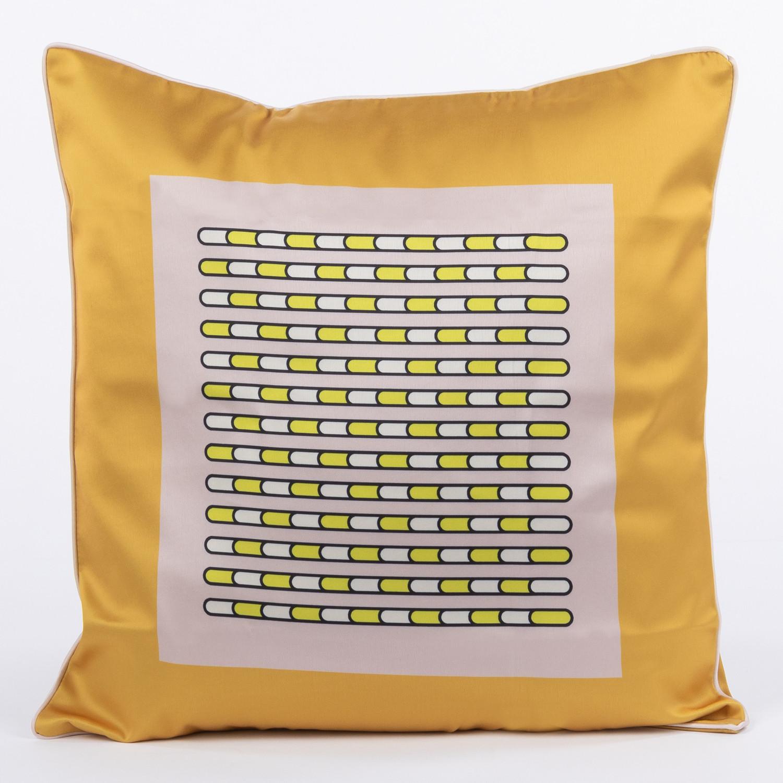 Cuscino in seta Astih, immagine della galleria 1