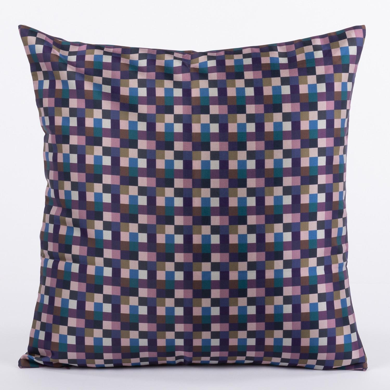 Cuscino in seta Yalo, immagine della galleria 1