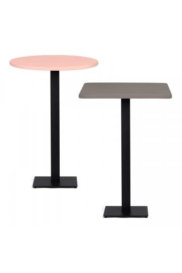 Tavolo alto da bar in cemento