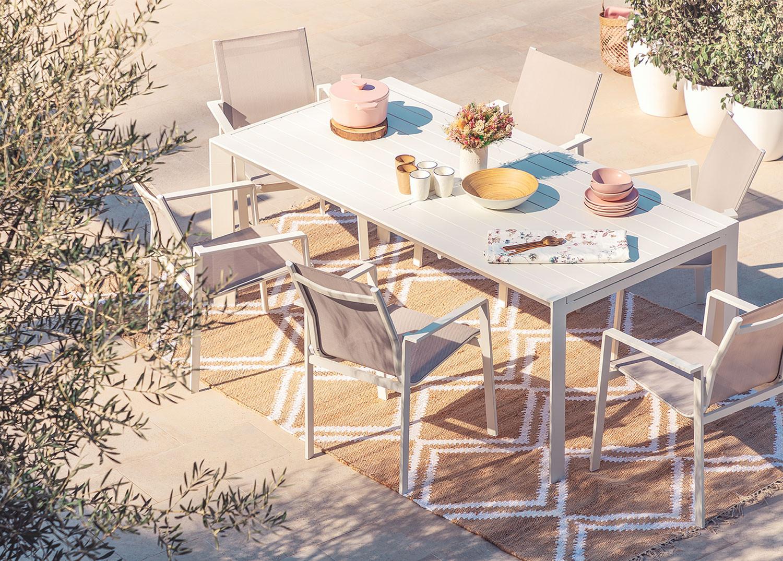 Set tavolo allungabile Starmi (180-240 cm) e 6 sedie da giardino Eika, immagine della galleria 1