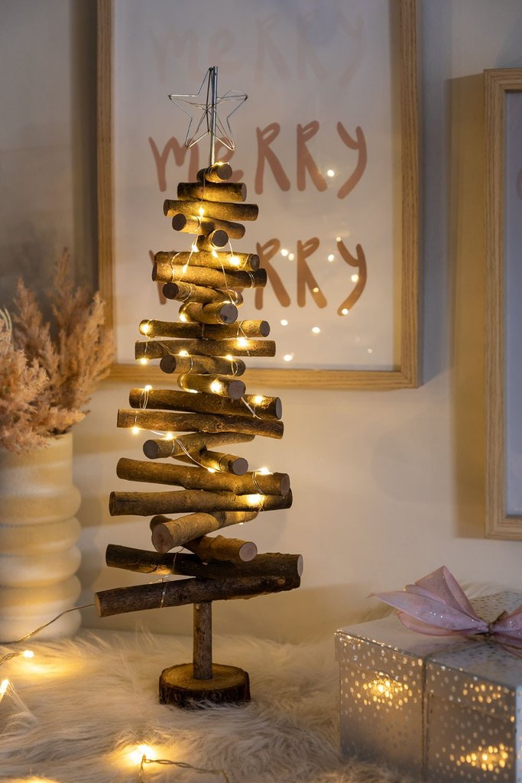 Albero di Natale in legno con luci LED Madi, immagine della galleria 1