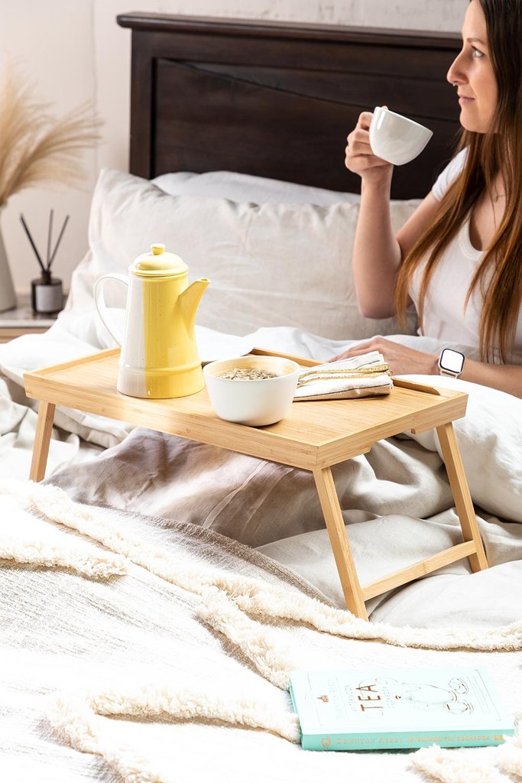 Yones Bamboo Bed Tray, galerij beeld 1