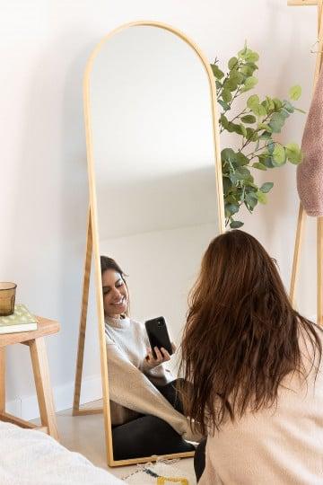 Staande spiegel in grenenhout (137x45,5 cm) naty