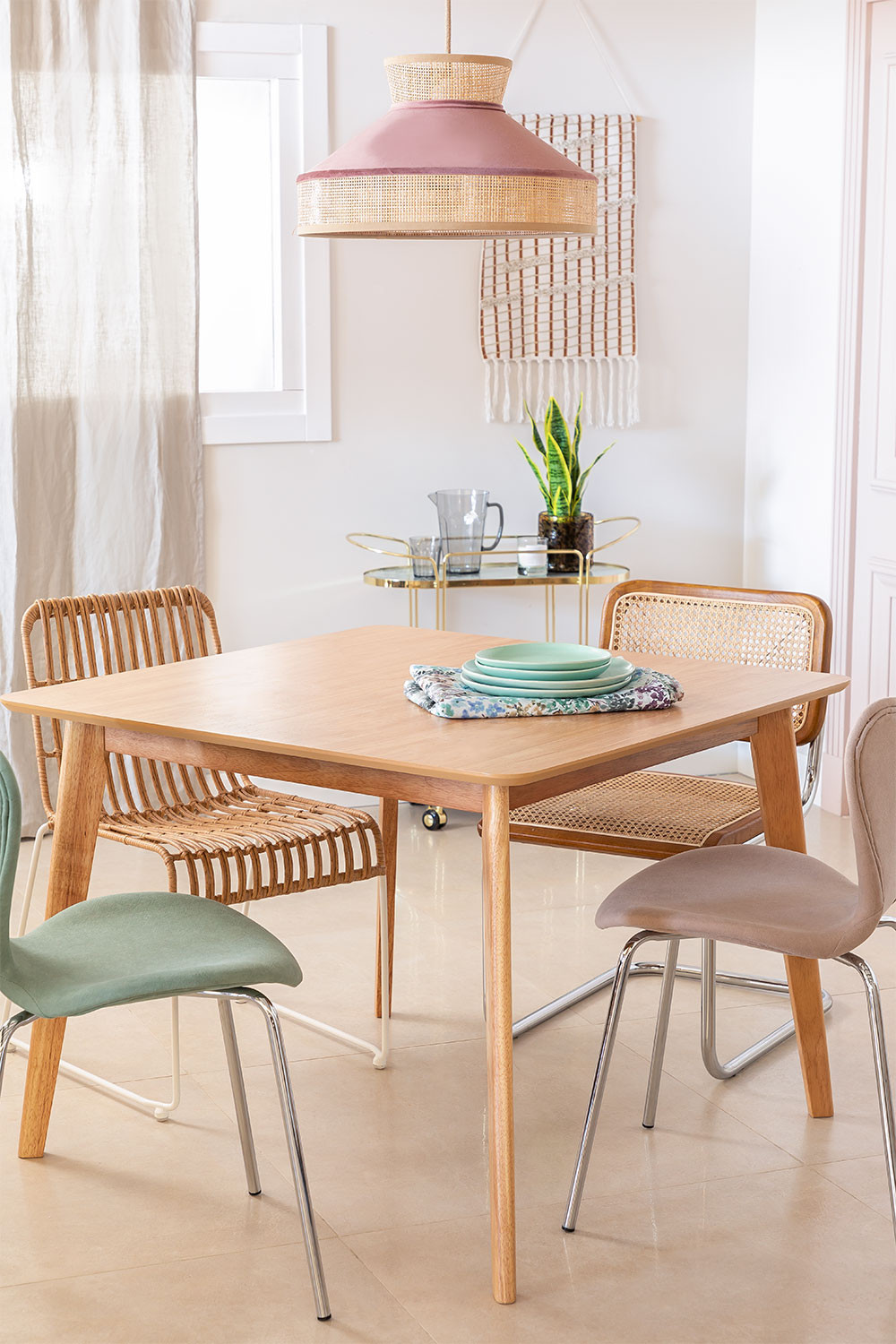 Square Dining Table in MDF (100x100 cm) Kerhen, gallery image 1
