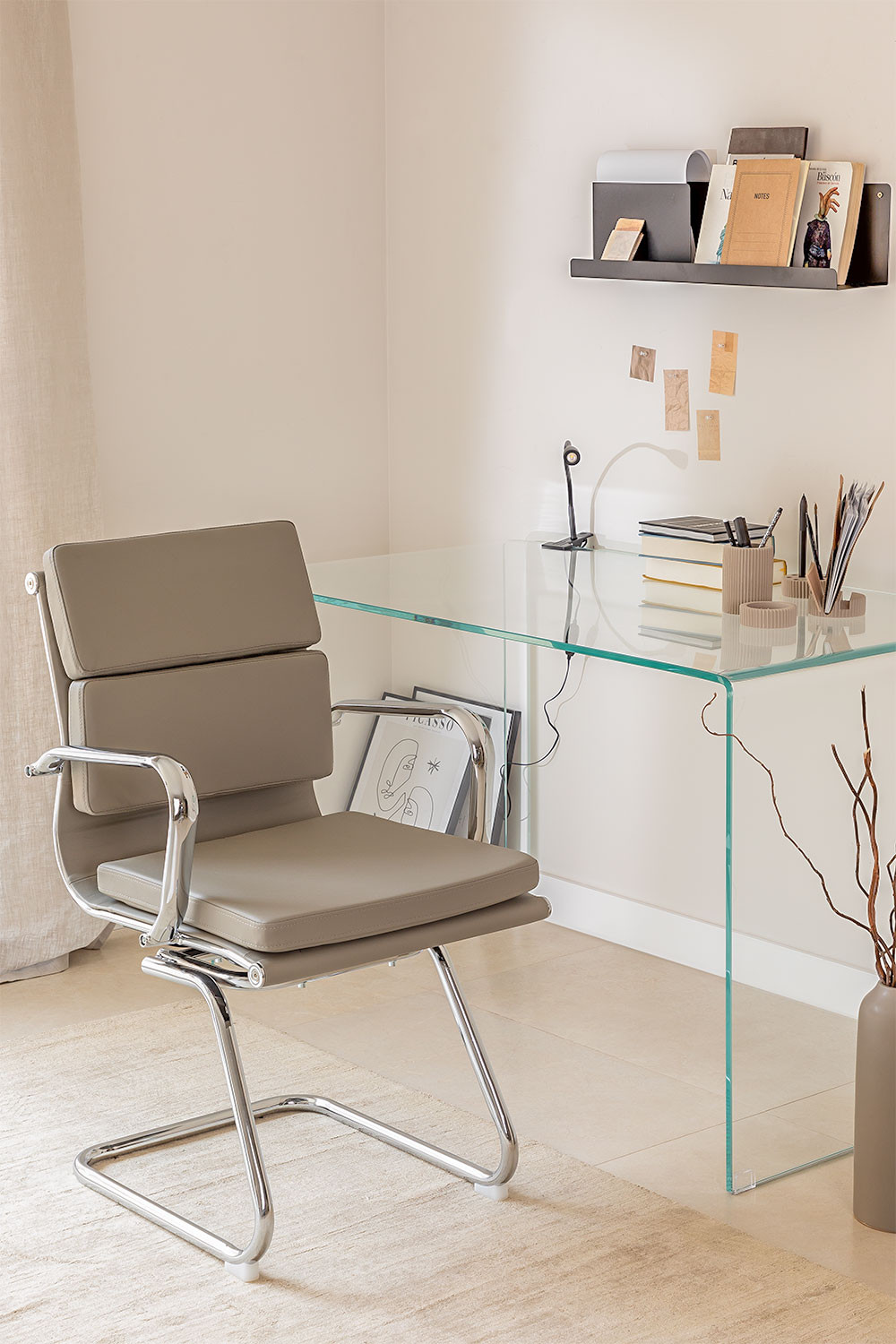 Mina Office chair with armrests, gallery image 1