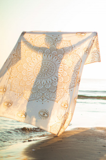 Beach sarong in Cotton Mandala