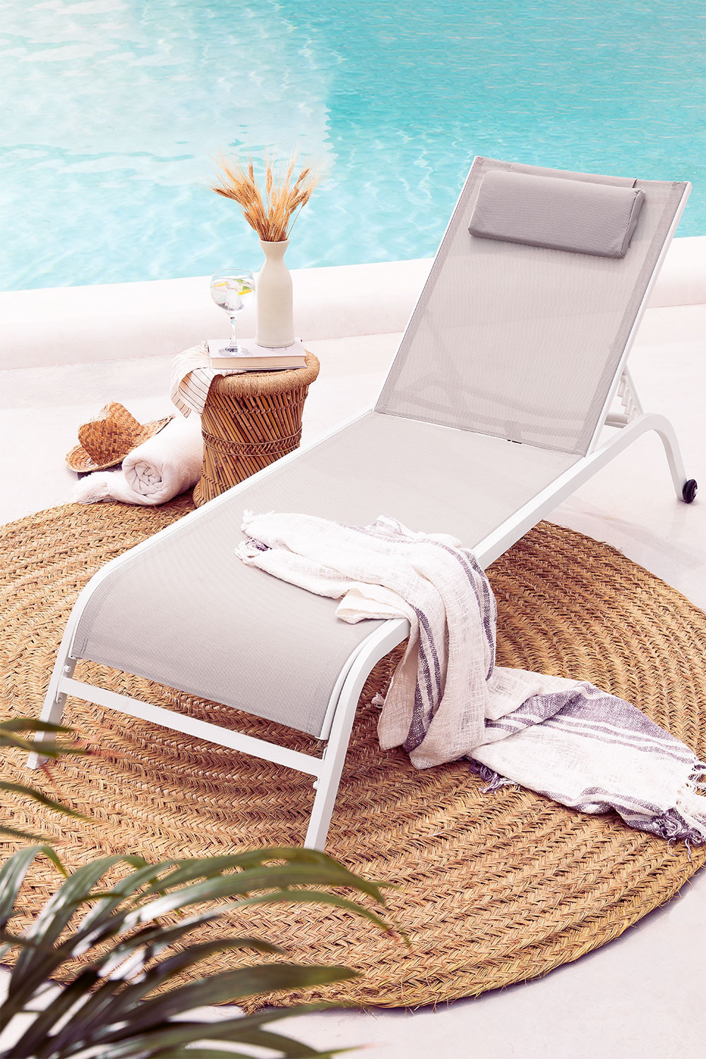 Reclinable Sun Lounger with Cushion Therys, gallery image 1