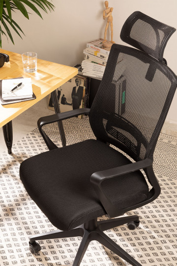 Office Chair with Casters and Headrest in Black Teill