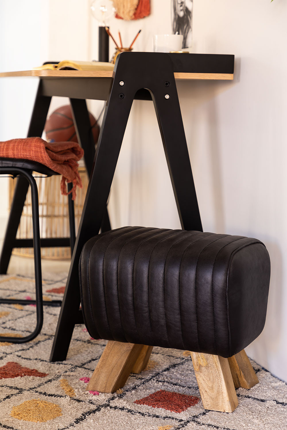 Low Stool in Finda Leather, gallery image 1