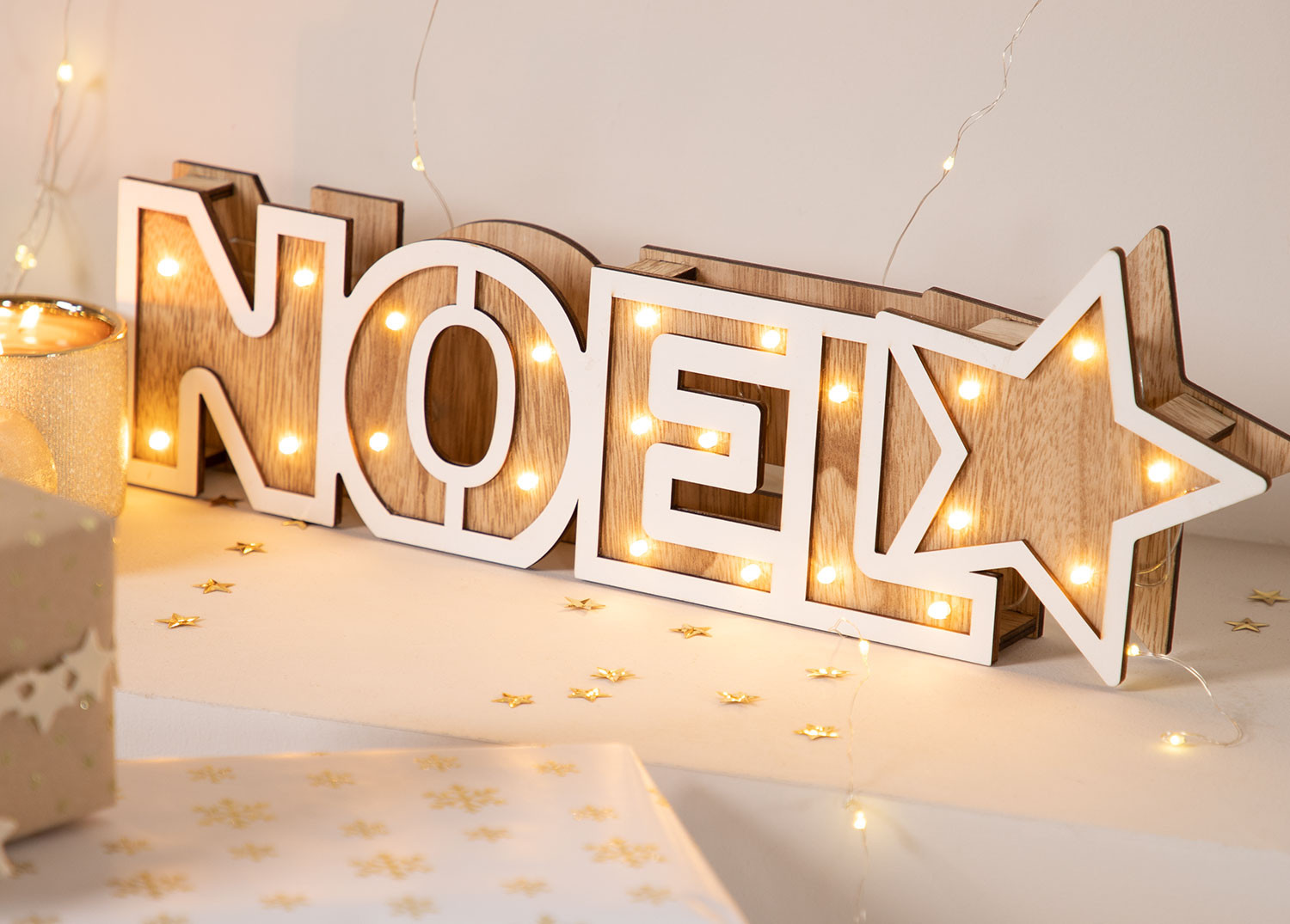 Wooden Sign with Led Lights NOEL, gallery image 1