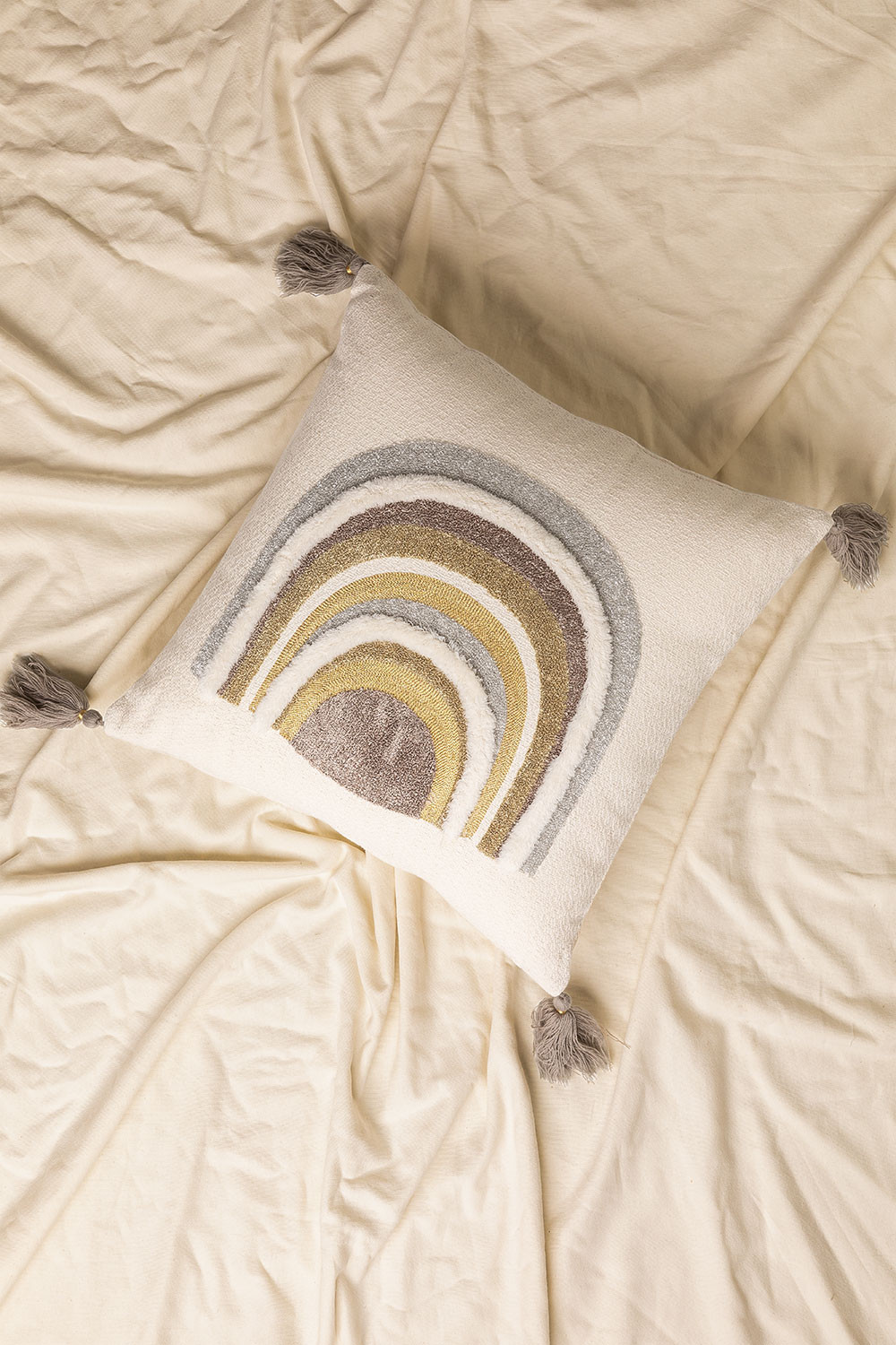 Cushion with Cotton Embroidery (45x45 cm) Cova, gallery image 1