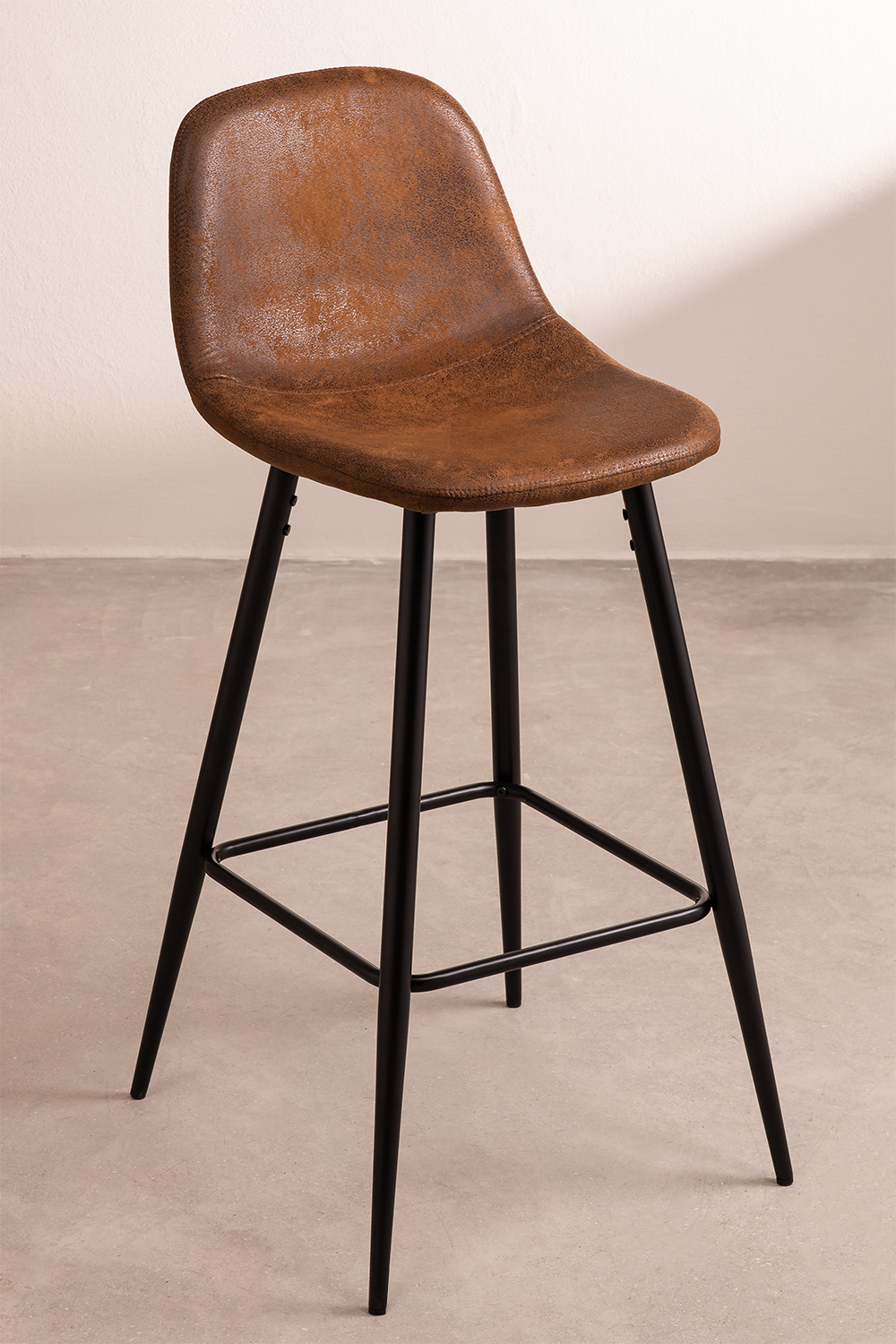 Pack 4 High Stools in Leatherette Glamm, gallery image 1