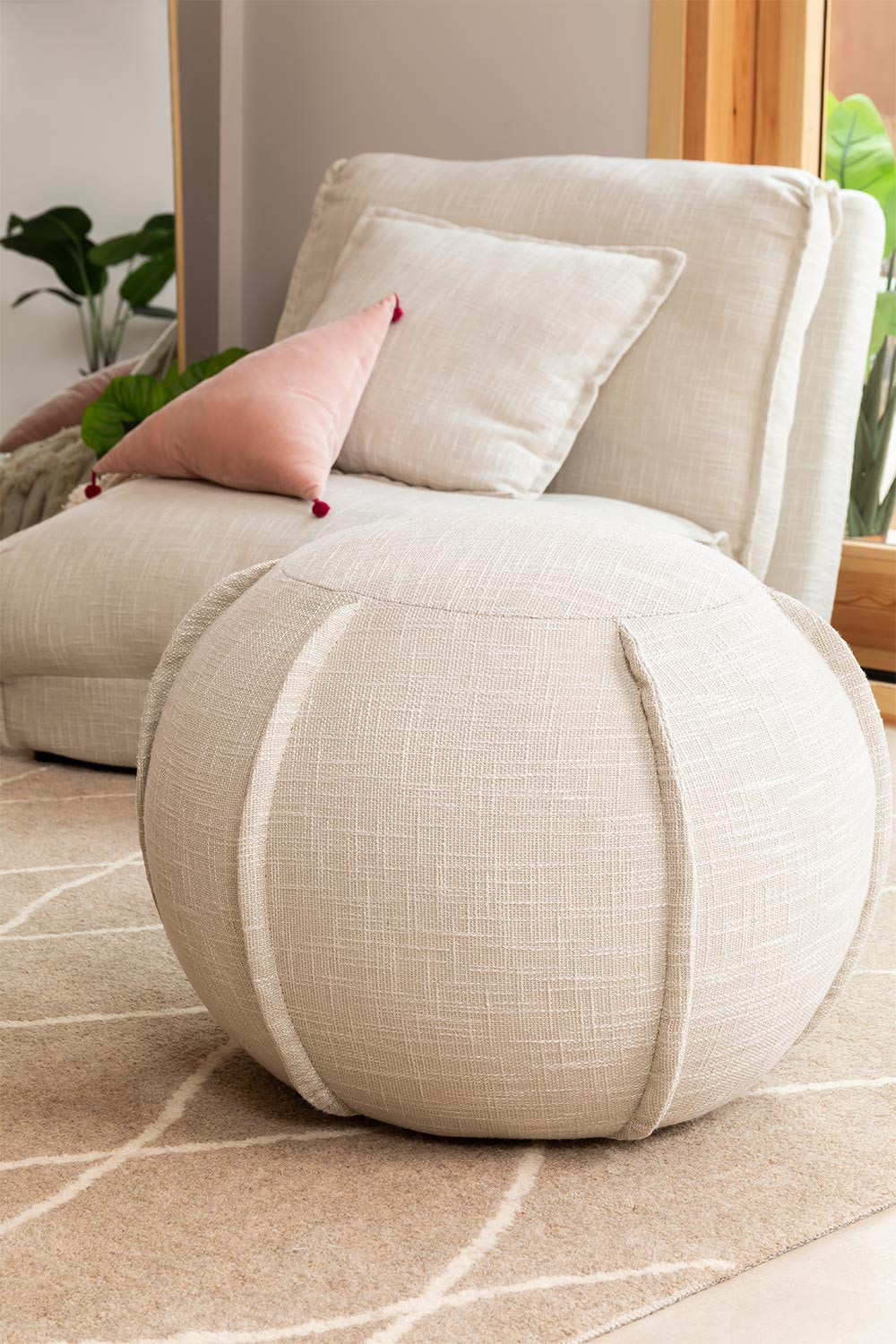 Round pouf in Salma fabric, gallery image 1