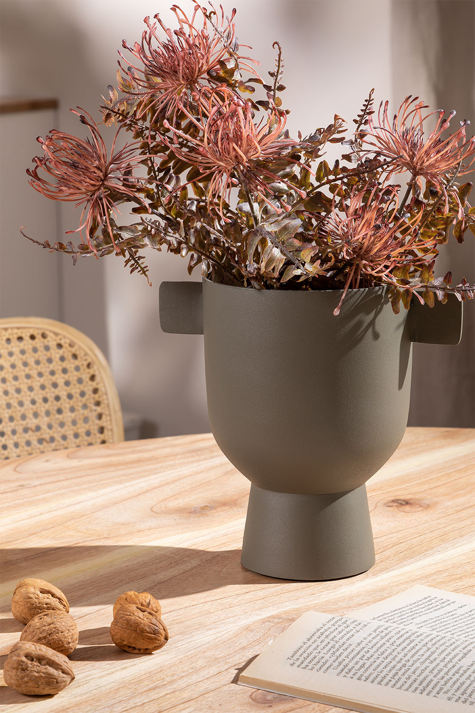Vase in Metal Dairo, gallery image 1