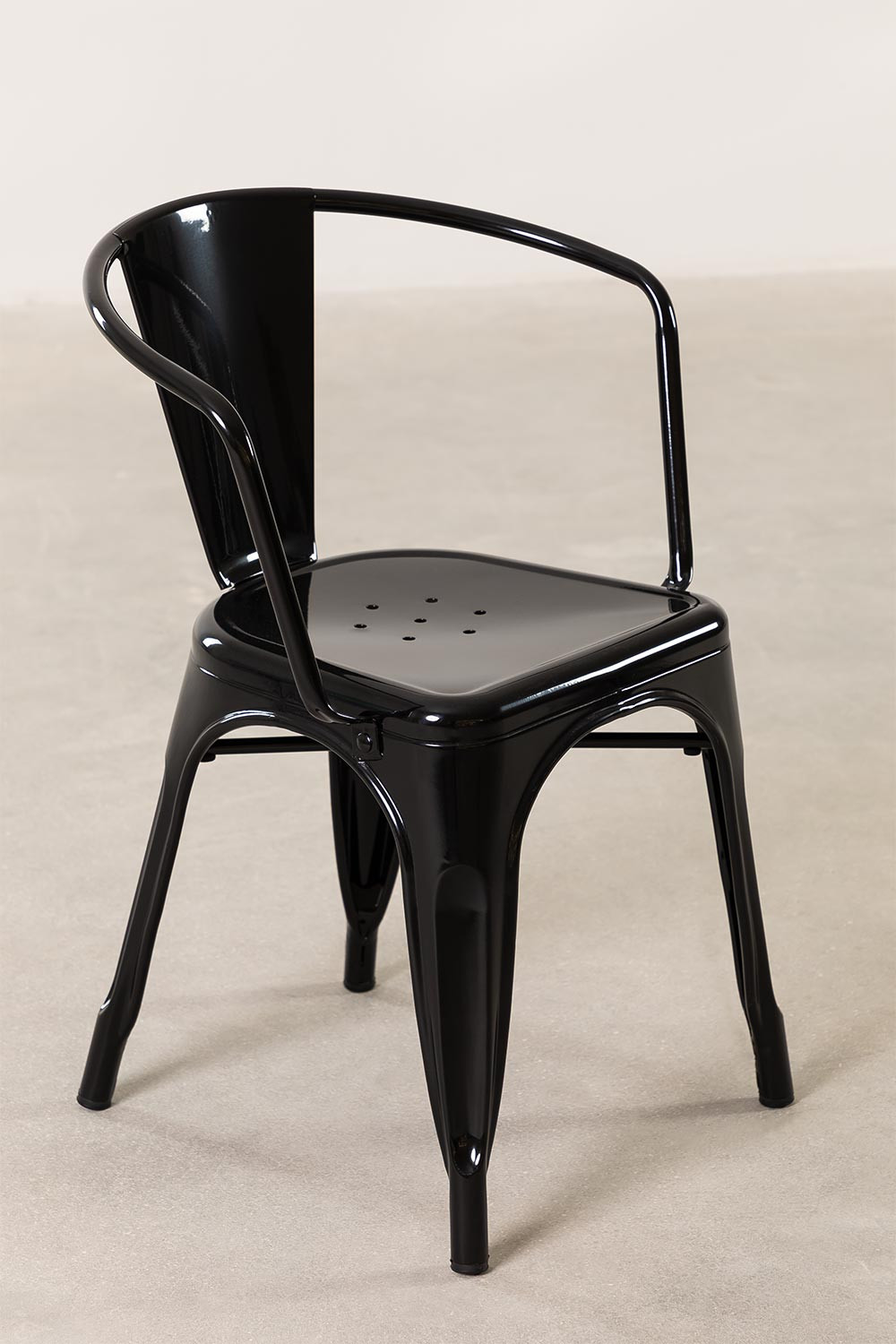 LIX Chair with Armrests, gallery image 1
