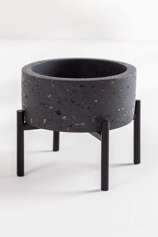 Potter in Eston Cement, gallery image 1
