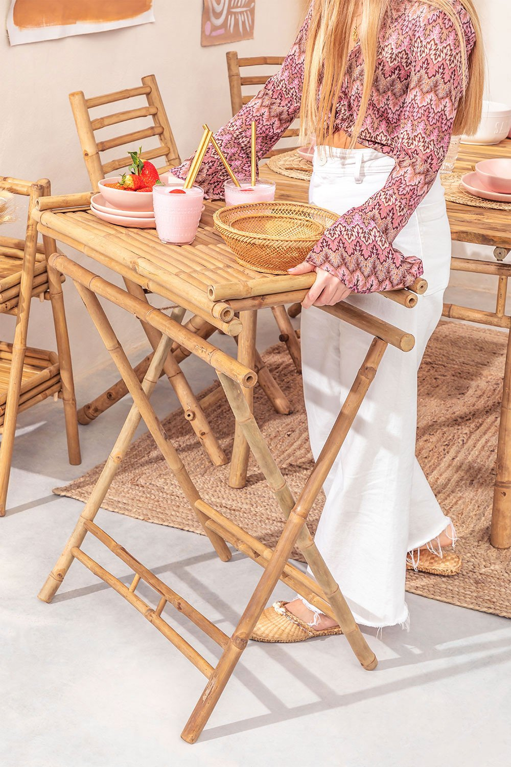 Side Table with Tray in Bamboo Tonga, gallery image 1