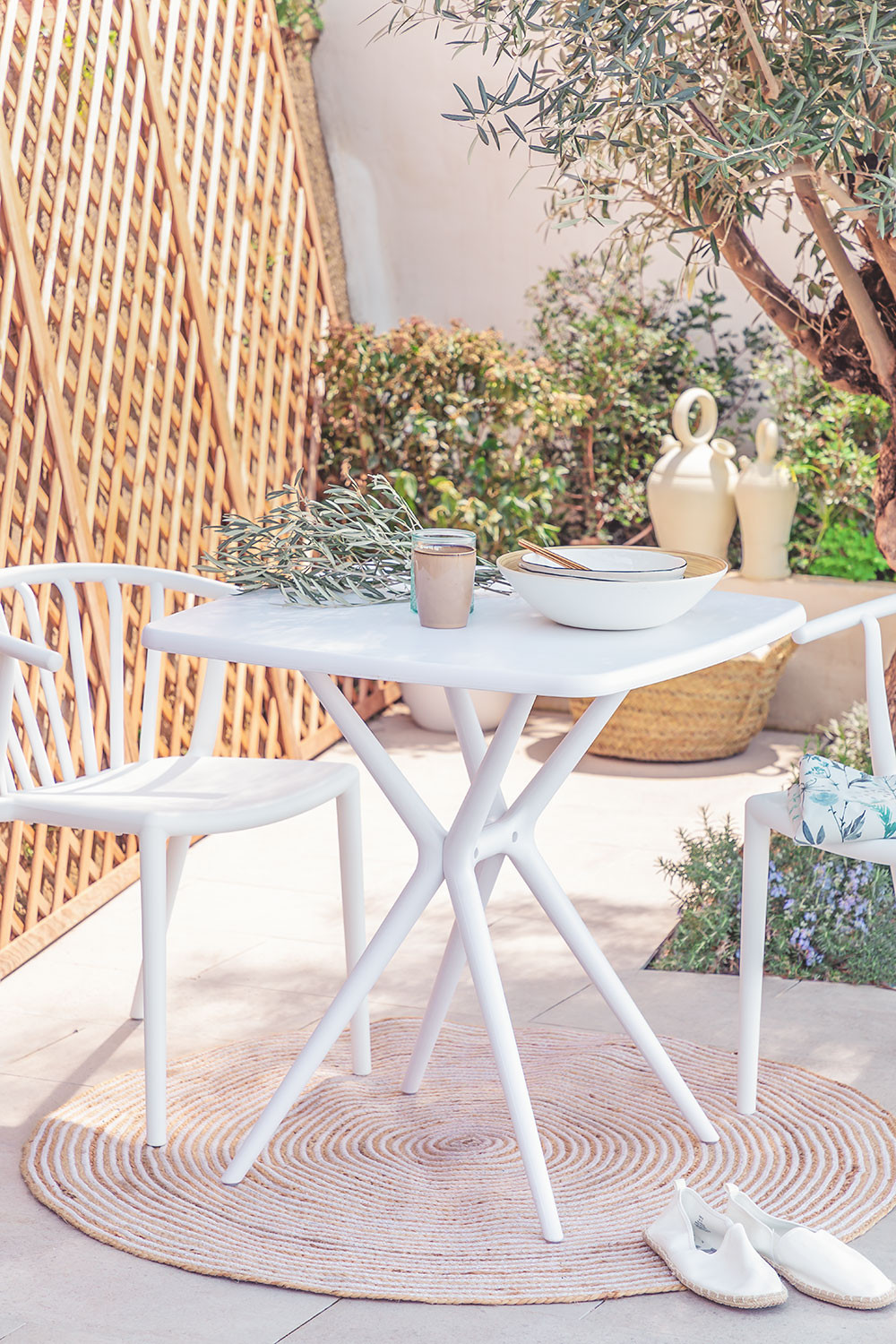 Square Outdoor Table (72x72 cm) Enno, gallery image 1
