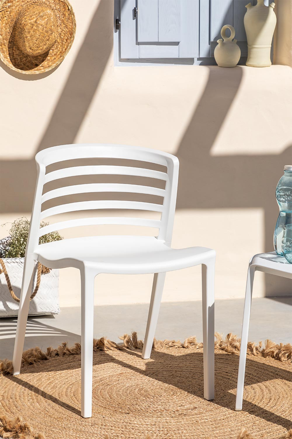 Pack of 4 Mauz Chairs, gallery image 1