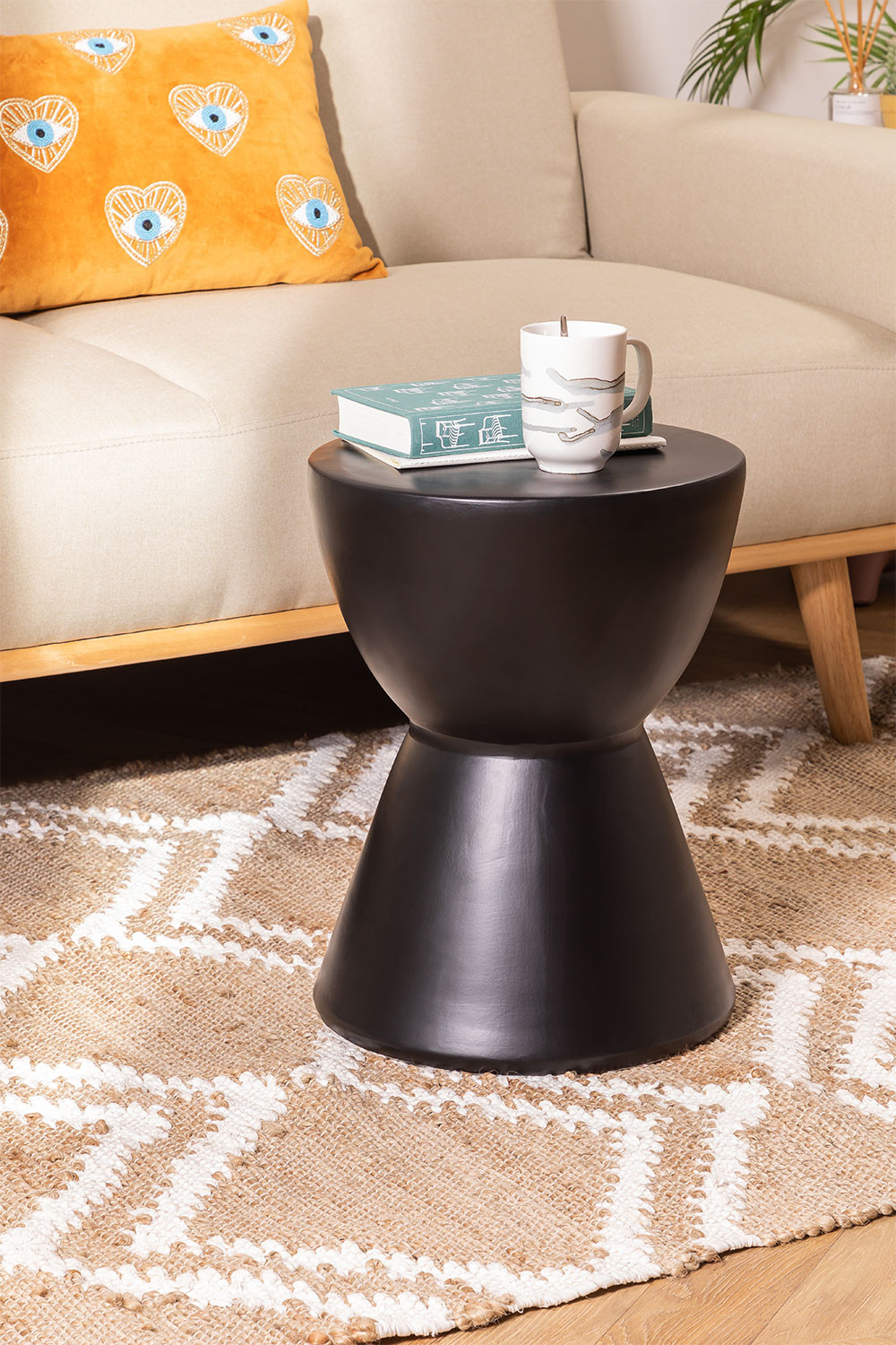 Round Tao Ceramic Side Table, gallery image 1