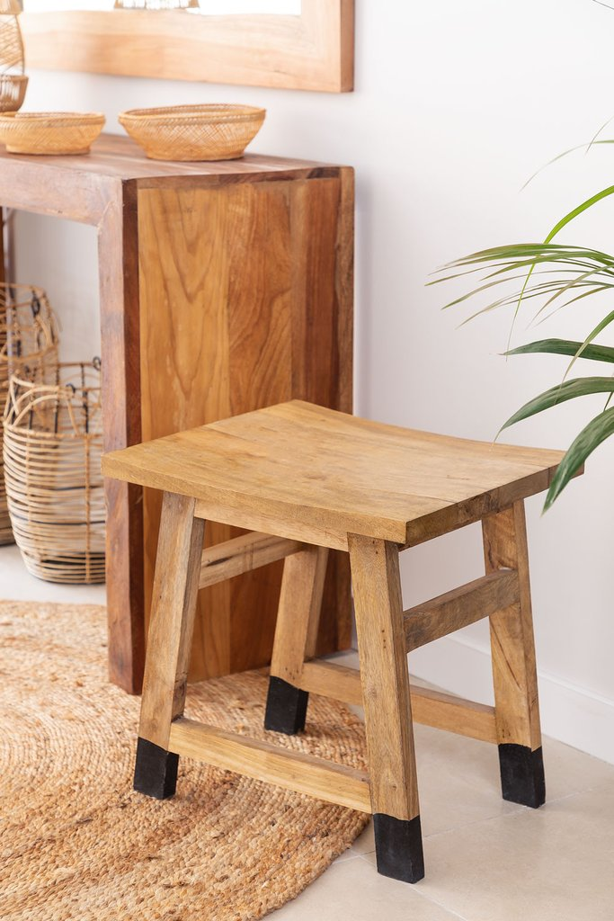 Low Wooden Stool Pid , gallery image 1