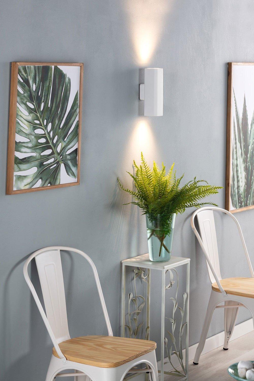 Iza LED Wall Light, gallery image 1