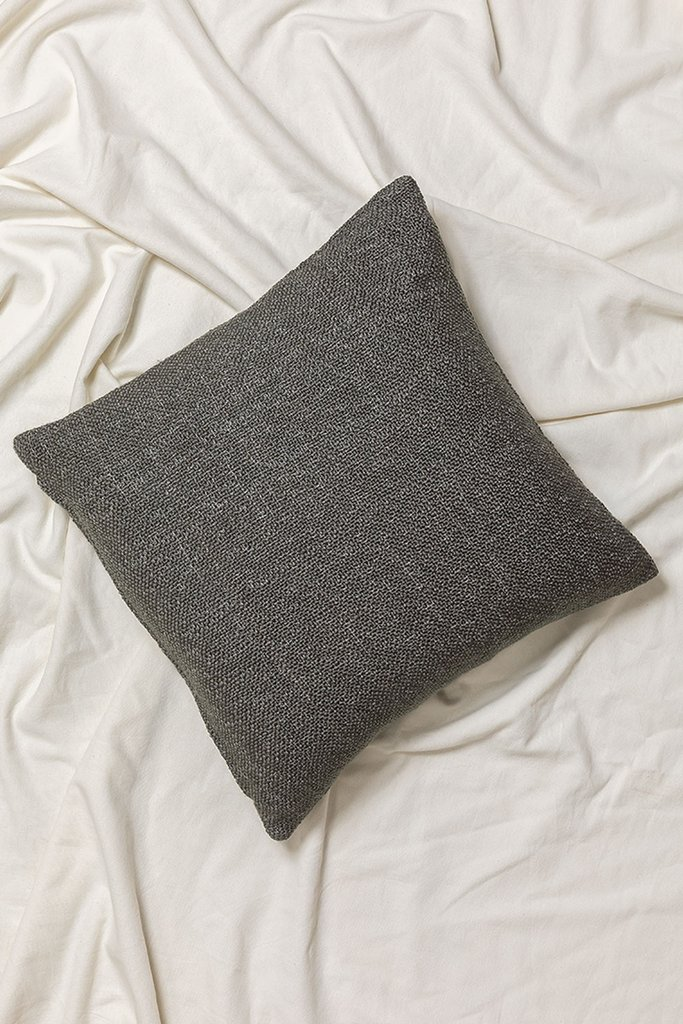 Bety cushions, gallery image 1
